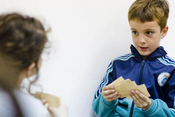 Realiazacndo un curso de ingles para niños en Valencia